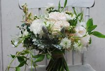 Wild & whimsical wedding flowers / Flowers with a wild and whimsical vibe