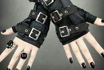 Vêtement gothique / noir violet blanc gothique quoi looove!!!!!!!!!!
