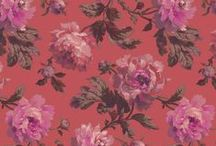 PEONEDEN / A/W Pre 14 'PEONEDEN' features a bounteous style peony rose complemented by an oversized brushed leopard spot in a chinoiserie palette. Available in fashion and interiors.