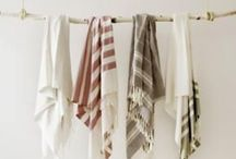 Closets & hangers / Home