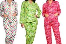 Christmas Pajamas / Looking for matching family Christmas pajamas? Then sleepyheads.com has you covered! Choose from fleece, flannel cotton options and more all available in family matching styles and in all sizes. These pajamas also make great gifts!