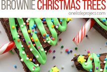 Christmas Cookie Recipes | Sephra / Lot's of our favorite Christmas cookie recipes. We've searched for, baked and created the best Christmas cookie recipes board so please pin away! There are many easy Christmas cookies recipes, too! We all like easy!