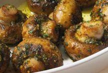 Mushroom Recipes / www.christinaarokiasamy.com