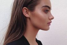 BEAUTY / Makeup and beauty.