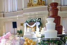 Wedding Ideas | Sephra / Fabulous wedding ideas including a beautiful, delicious chocolate fountain at your wedding reception! Gives guests a yummy & fun way to enjoy dessert and mingle! Pin these great wedding ideas to remember when you plan your wedding! Sephra.com has Chocolate fountain rental info in every state.