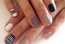 naiLs ♔.
