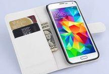 Samsung Galaxy S6 Hoesjes / Samsung Galaxy S6 hoesjes zijn te vinden in verschillende kleuren en soorten. Of u nu op zoek bent naar een full protect case, of een meer subtiel hoesje voor uw Samsung Galaxy S6, bij GSMpunt vindt u exact wat u zoekt! Hieronder vindt u ons complete assortiment aan Samsung Galaxy S6 hoesjes. Binnen ons assortiment Samsung Galaxy S6 hoesjes vindt u onder meer de originele Samsung hoesjes, maar ook hoesjes van merken als Otterbox, Belkin, Valenta en vele ander topmerken!