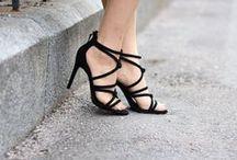Shoes/heels/boots