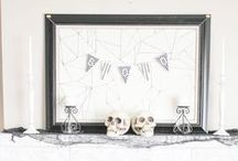 """Halloween Hauntings / DIY and crafty Halloween projects that will put the """"haunt"""" in your haunted house! :0) #Halloween #Decor #DIY"""