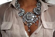 Fashion & jewelry / by Carina Gilligan