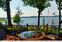 Places to Stay at Grand Lake, Oklahoma / Fantastic places to stay at Grand Lake, Oklahoma. Enjoy the beauty of Grand Lake with fantastic accommodations including resorts, hotels, cabins and rentals all around the lake!