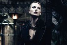 Charlize Theron / Kanizsay D. Lelle