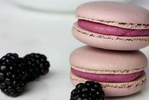Macarons / A delicious collection of the best Macaroons on Pinterest.