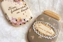 Cookie Love / One thing I noticed when I joined Pinterest a few years ago, was what a great showcase it is for talented people. I love to save photos of pretty cookies. It just blows me away how they can be so detailed and intricate. Far too good to eat!