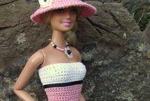 Barbien vaatteet