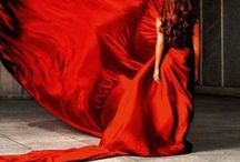 Red Dresses / by Carla Petucci