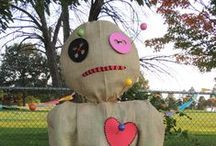 Scarecrows On Parade / Do you want to build a scarecrow?  Our Scarecrows On Parade auction features one-of-a-kind creations designed by local businesses, organizations, university departments, individuals, or families.  The scarecrows are on display at our annual Autumnal Fest, and proceeds from their sale go towards developing our Children's Garden.