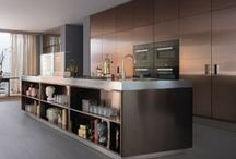 ITALIA collection / Italia es la cocina profesional para el ambiente doméstico, perfecta para quienes desean tener en casa las prestaciones de la cocina de un restaurante.