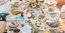 Best Summer Beach Picnic Ideas / Tips, tricks, recipes, and advice for hosting an amazing beach picnic this summer!