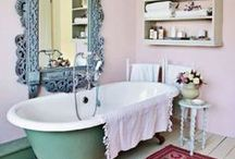 cottage bathroom  / rustic & cottage style bathrooms