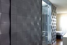 3D Tiles / The Concrete tiles are hand-crafted with a unique technique, which provides conspicuousness to varied qualities of the cement. The advantages of the method lie in in the use of a reliable and durable material, as well as the surprising texture obtained in the process which provides the cement with a distinct look, totally different than the rough known one. The interaction between lights and shadows fractured on top of the tiles creates a unusual texture.
