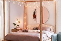 Cute Lil' Bedroom / Bedroom Ideas and Organization Tips