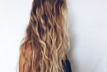 | Hair Styles | / Hair Inspiration | Blonde hair + baylage + hair styling + beach waves