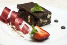 Gastronómia / Gastronomy / Naši kuchári pre Vás pripravujú rôzne gastronomické pochúťky. / Our chefs prepare for you various gastronomic delicacies.