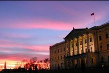 Oslo - die Hauptstadt von Norwegen / Norwegens Hauptstadt Oslo mit ihren 618.000 Einwohnern lockt mit vielen schönen Parks, ist von Wäldern umgeben und liegt dazu noch direkt am Oslofjord. Außerdem gibt es ein großes Angebot an Kultur und moderner Architektur - aber seht selbst!