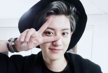 박 찬열   Yeollie / tbh i'm not an EXO-L but i just can't resist his charm.