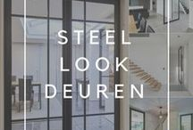 """Steel Look deuren / Moderne stalen deuren met glas van Anyway Doors. Deze """"steel look"""" interpretatie wordt gemaakt van hoogwaardig zwart geanodiseerd aluminium in combinatie met verschillende glasmogelijkheden. Met of zonder onderverdelingen op het glas."""