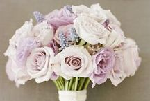Flower arrangements / Beautiful flower arrangements. Ok, has little to do with balconies or gardening. But it's just beautiful.