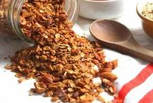 Homemade Granola / Granola is great way to get soluble fiber from oats.