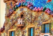 Barcelona, Spain / Travel to the city of colors and splendor with Europa Holiday Travel Agency!   http://www.europaholidayus.com/2014/07/spain-portugal-11-day-tour/