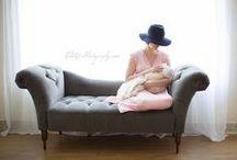 Breastfeeding Portraits / Beautiful breastfeeding photos we love.