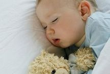 Baby Sleep Tips / A collection of best baby sleep tips to help your baby sleep through the night! From baby routines to baby schedules to peaceful baby sleep training, you'll find it here.