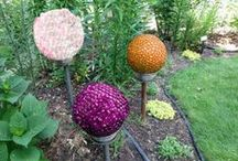 Garden Decorations / Garden decorations can add the finishing touches to any garden. What's great about them is that so many are able to be made with things around your house! Check out some of GreenWay Blooming Centre's favourite garden decorations.