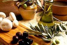 In cucina con olio e olive / Tante gustose ricette a base di olio extravergine di oliva.