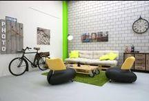 Das Studio / Auf 112 m2 und mit 4.5 m Raumhöhe, speziellen Hintergründen und unzähligen Ideen, stehen fast alle Shootingmöglichkeiten offen.