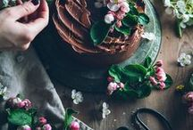 Natural Baking & Sweet Things / Baking inspired by the seasons. Seasonal baking, Natural gluten free baking, baking with fruit, edible flowers, edible petals