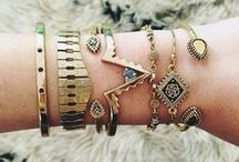 Accessorize!!! / Jewelry & Accessories / by Maggie Lopez