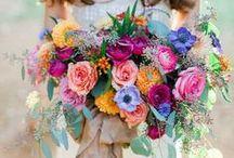 Fabulous Bouquets / Ideas for wedding bouquets and floral arrangements!
