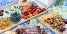 Perfect Picnic / Finger foods and easy desserts, items that travel well, things you need for picnics