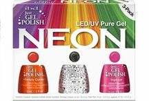 Just Gel Polish Neon Kit / Just Gel Polish offers the Neon Kit which contains 3 Just Gel Polish themed shades so you can easily create an eye-popping neon themed gel polish manicure. #ibd #ibdnails #ibdgelpolish #gelpolish #gelnails #prettynails #justgelpolish #nailkit