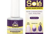 Just Gel Polish Solé Solar Color Effects / ibd Just Gel Polish's innovative technology creates 2-in-one color! You can apply Solé over your entire nail for a complete color transition or layer it in a design pattern to create your own unique nail art.  #ibd #ibdnails #ibdbeauty #nails #gelnails #ibdgelnails #gelpolish #purplenails #bluenails #solargels