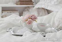 Bedroom / Bedroom Decor, Shabby chic bedroom, Cozy.. Love it Bedroom <3