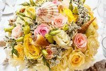 Yellow Wedding Centerpieces / Wedding centerpieces for Senhora da Guia Boutique Hotel.  #weddingflowerdesign #weddingcenterpiece #sunflower #weddingdestinationportugal  Contact us: myweddingflowersportugal@gmail.com