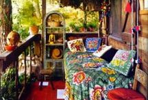 """Boho/Thrifty/Gypsy/Eclectic/Bohemian Decor / Ideas/Inspiration for furnishing/decorating my wee apartment. The look I'm going for is """"thrifty gypsy."""" / by Lucy"""