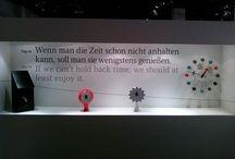 words and symbols / Worte vollbringen Wunder