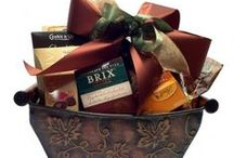 Gift Baskets under $70.00 Toronto / Simontea Gift Basket Company 416 421 7437